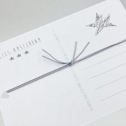 Elastisches Armband mit Herz auf Postkarte - Leaf